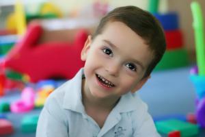 Планшеты и смартфоны негативно влияют на развитие речи детей