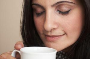 Можно ли кормящим мамам пить кофе?