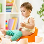 Приучить ребенка к горшку не сложно