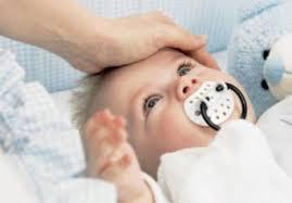 Почему грудничок, ребенок (2 месяца) мало спит