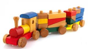 О детских игрушках деревянных и пластмассовых