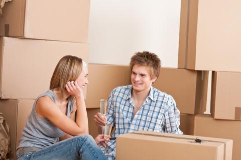 Правильная подготовка вещей к квартирному переезду