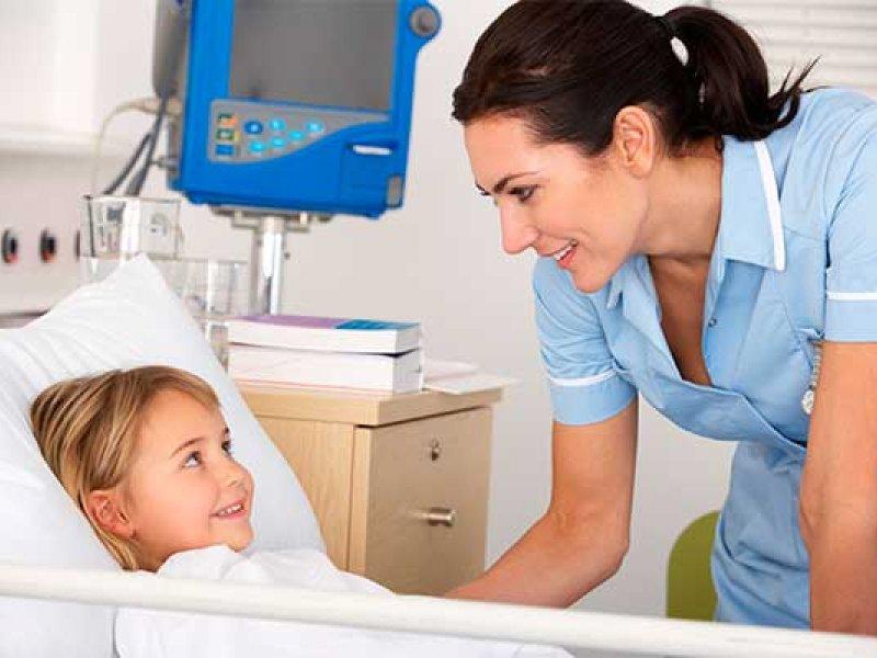 Как ухаживать за новорождённым при ранней выписке из стационара
