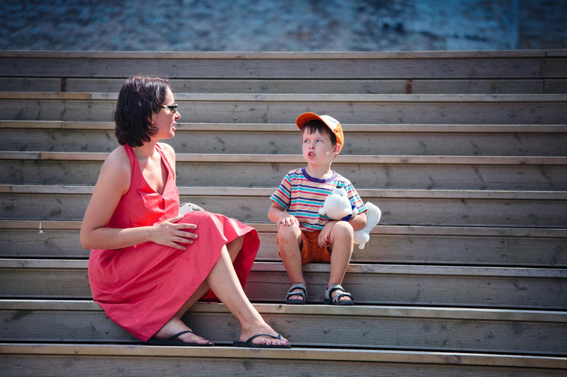 Как правильно разговаривать с ребёнком?