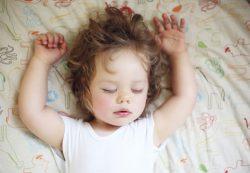 Как обеспечить здоровый сон ребенк