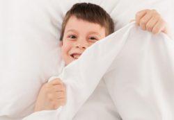 Нарушенный сон повреждает клетки мозга у детей