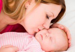 Как уложить новорожденного спать, 11 способов