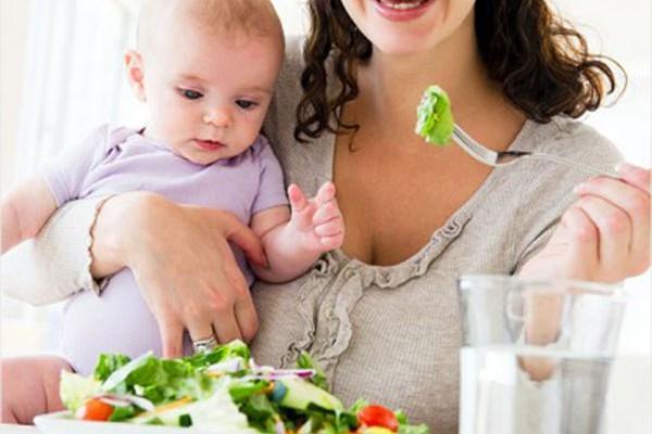Что нужно есть кормящим мамам?