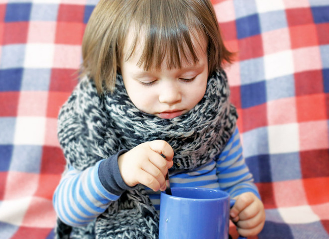 Чем лечить ребенка при простуде