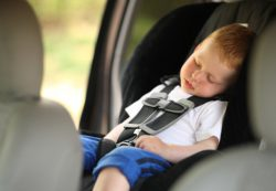 Дети капризничают в дороге? Помогите им не скучать!