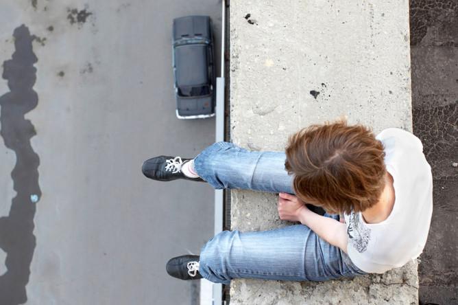 Суицид у подростков: остаться в живых