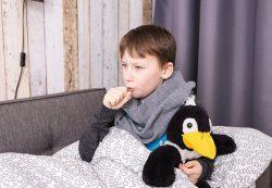 Кашель-загадка: что должны знать родители о пневмонии и ОРВИ