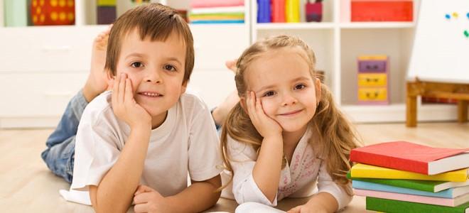 Как правильно чистить зубы ребенку?