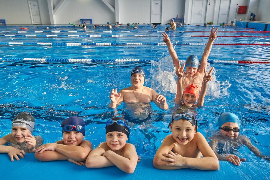 Бассейн — это развитие мышц и закаливание организма