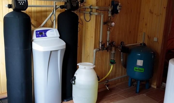 Как очистить воду в частном доме или на даче?