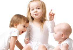 Как облегчить страдания ребенка при прорезывании зубов