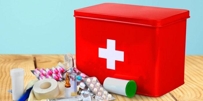 Список необходимого для аптечки новорожденного — лекарства, инструменты и расходные материалы