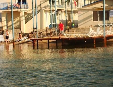 Как найти хорошую базу отдыха в городе Евпатория?