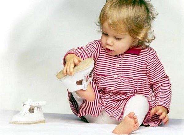 Сенсорные коробки для детей своими руками