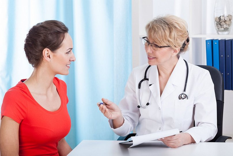 Кровь на трусиках: как отличить имплантацию от менструации