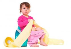 Когда отучать ребенка от памперсов?