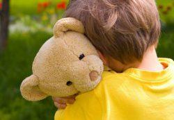 Ребенка обижают в детском саду: что делать?