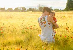 Как подготовиться к первой прогулке с ребенком