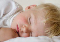 Ребенок замерзает ночью – что делать?