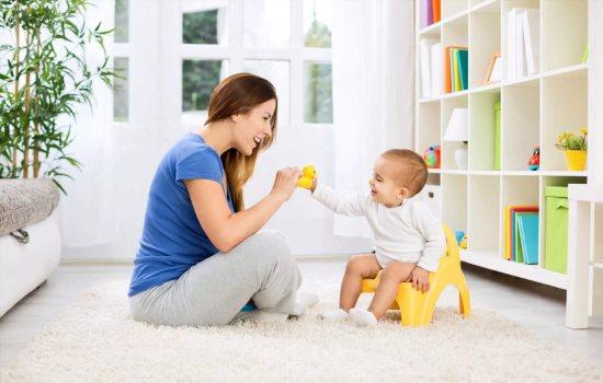 Как приучить ребёнка к горшку: из чего состоит процесс?