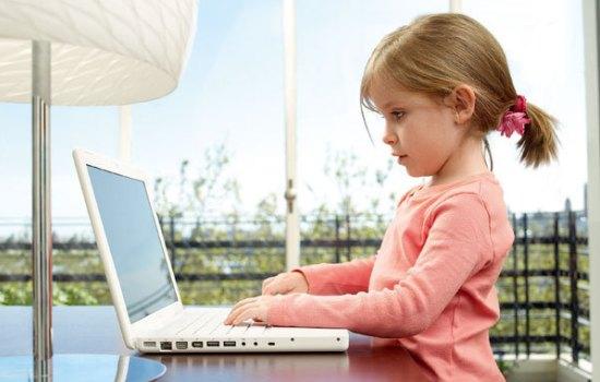 Преимущества и недостатки раннего обучения ребенка навыкам работы на компьютере.