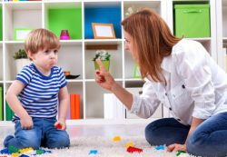Почему ребенок стал сквернословить?