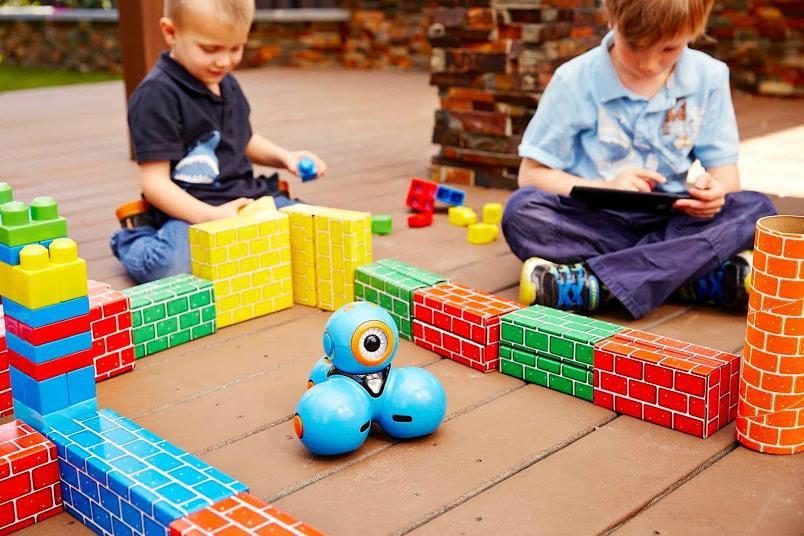 Самые популярные игрушки для детей