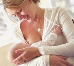 Когда у беременных появляется молоко?