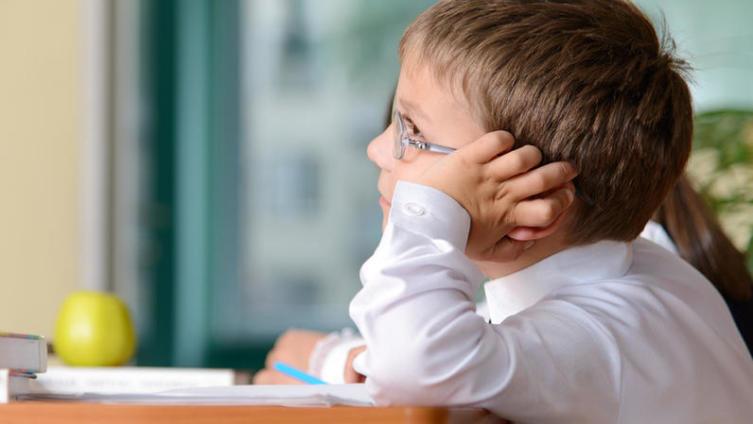 Школа и болезни детей. Обратим внимание на мебель?