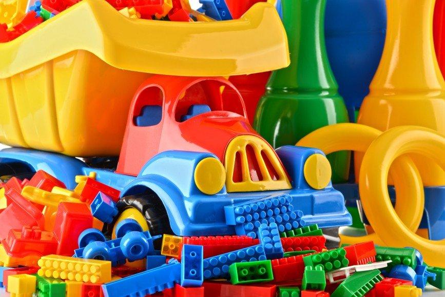 Диабет, ожирение — чем еще угрожают контрафактные игрушки детям?