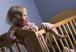 Почему ребенок плохо засыпает на ночь?