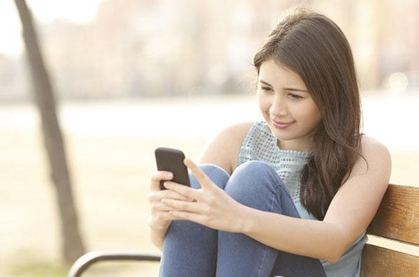 девушка хочет познакомится без регистрации