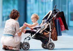 Незаменимая сумка для коляски: как и какую выбрать
