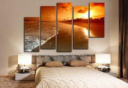 Модульные картины в интерьеру спальни