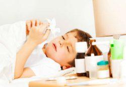 Лечение насморка у детей с учетом возраста и причины