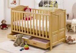 Как выбрать кровать для новорожденного?