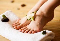 Советы по уходу за ногами летом