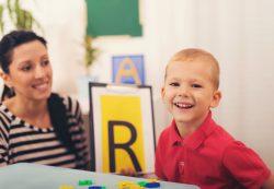 Мама вместо логопеда: как развивать речь ребенка летом