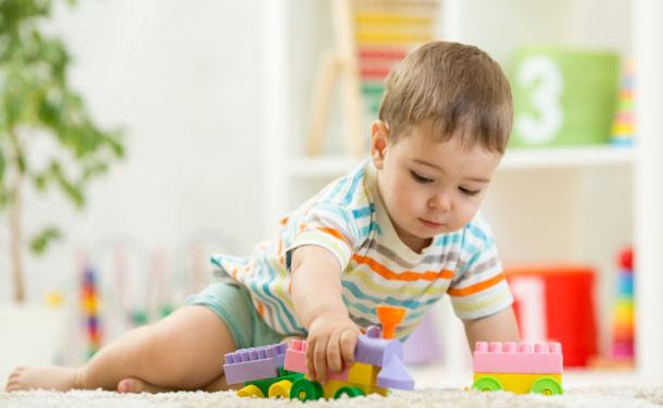 Как отучить ребенка от сладостей?