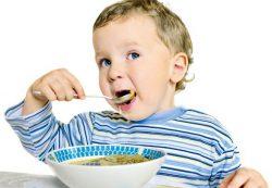 Как без скандала накормить ребенка?