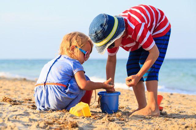 Как взять кредит и провести отдых за границей с ребенком