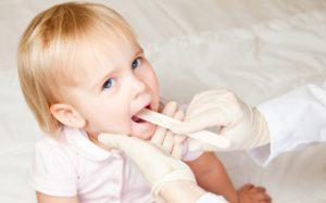 Как вылечить увеличенная миндалина у ребенка?