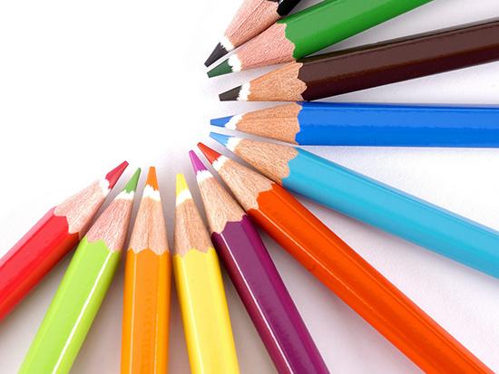Приобретение товаров для изобразительного творчества ребенка на Украине