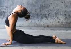 Jade Yoga только каучуковые коврики для йоги