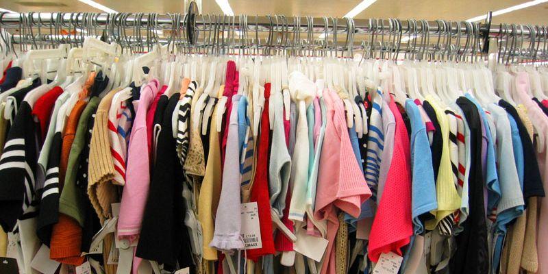 Текстиль и одежда оптом: организация закупок иностранными вещами